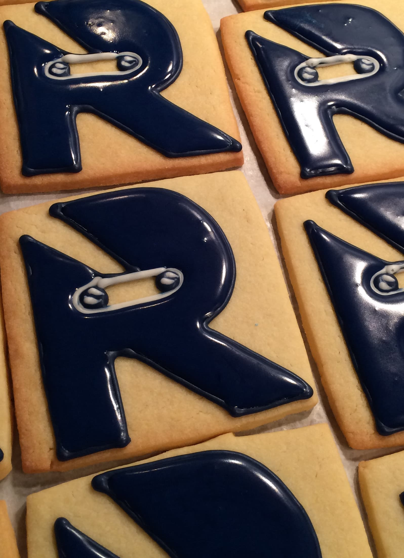 Logo decorated cookie